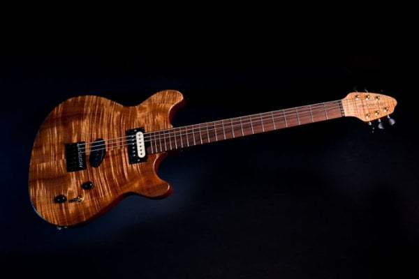 GR3-NF, A stunning Fiddleback Blackwood top finished in natural oil